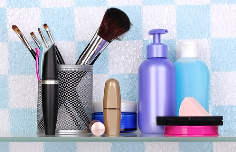 Top 7 Toxins in Your Beauty Kit
