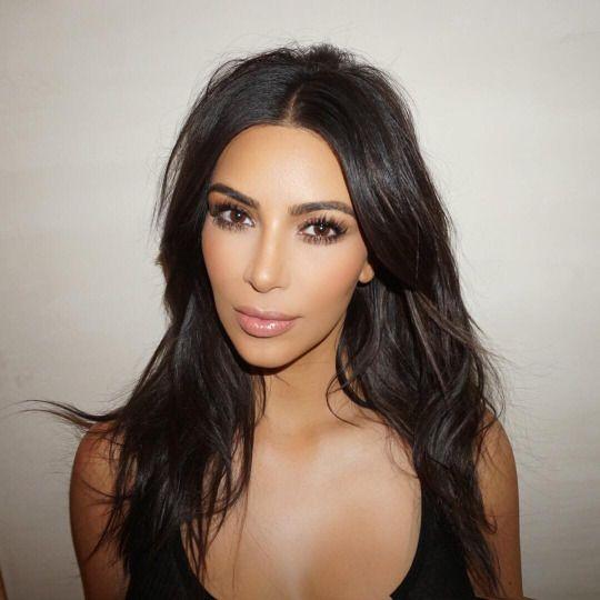 Kim Kardashian releases her KKW contour Kit
