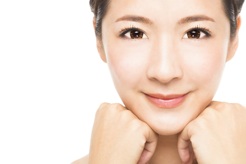 A FIRMER FACE WITH KOREA'S FAVOURITE ANTI-AGING TREATMENT