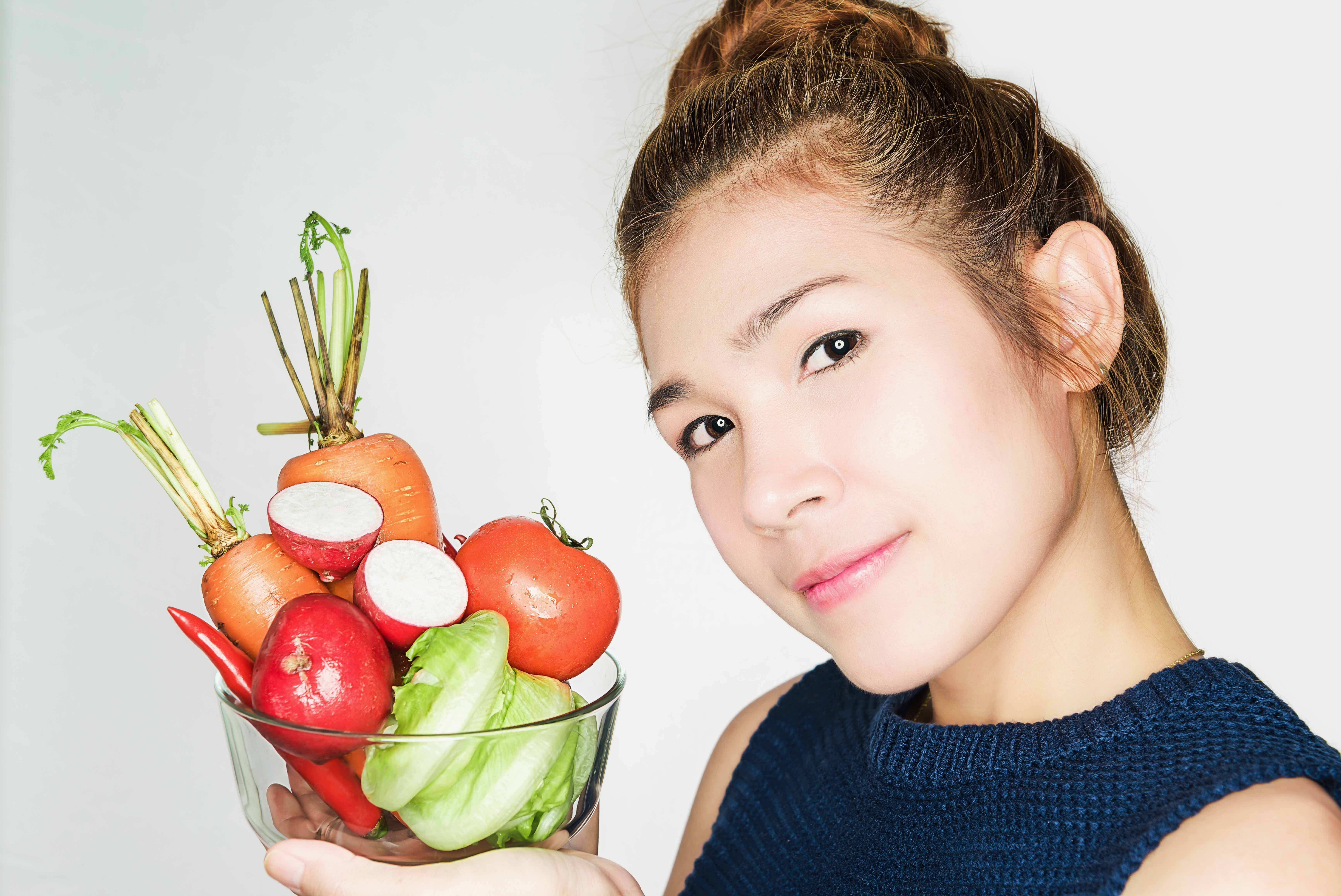 Not Getting Enough Nutrients? These are 10 Beauty Tips for Your Skin