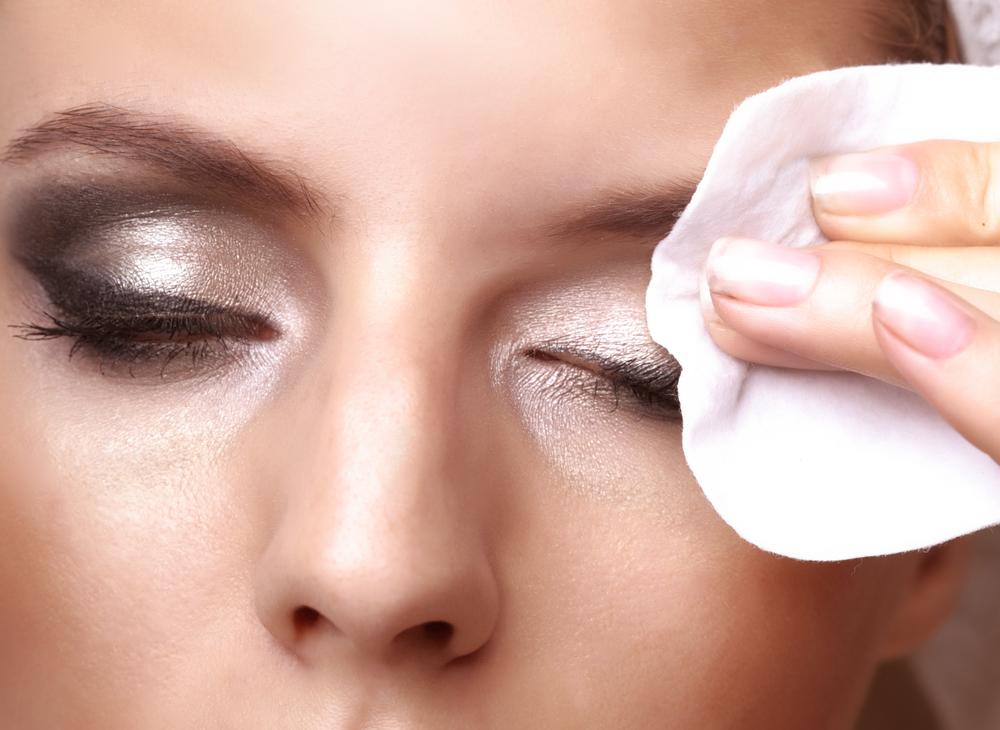 Eye Makeup Removers