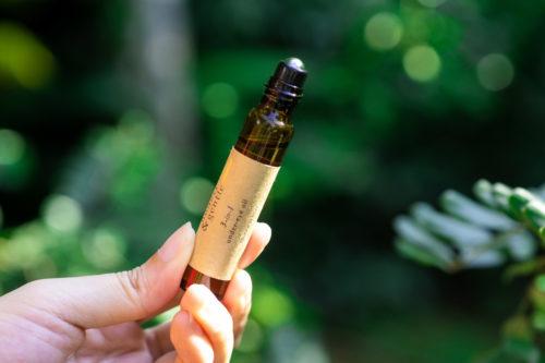 honest & gentle 3-in-1 undereye oil eye for sensitive skin 10ml cold-pressed oils organic vegan cruelty-free skincare