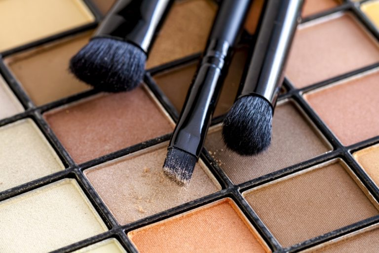 Best Eyeshadow Palettes for a Various Timeless Looks