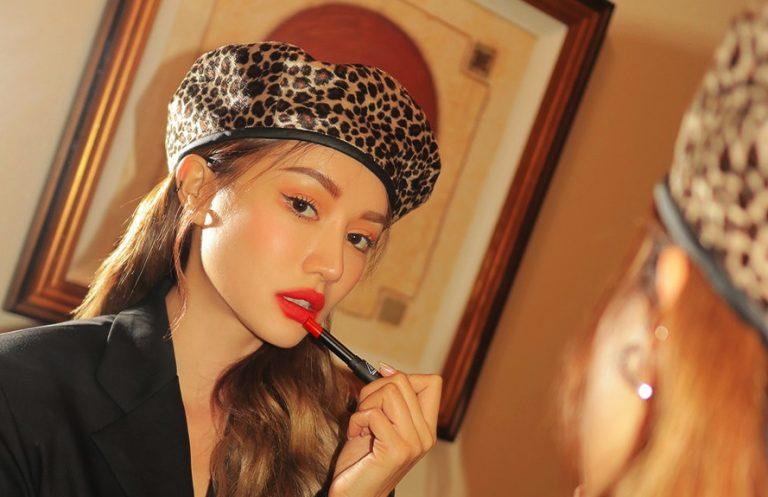 long-wearing lipsticks