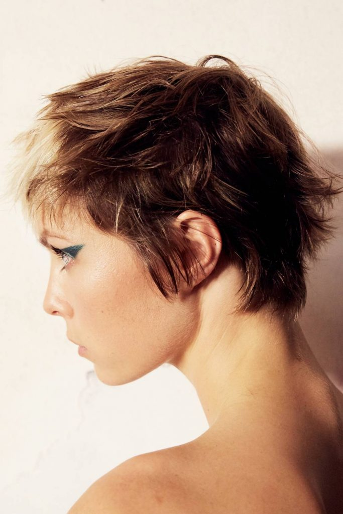 runway short haircut for women
