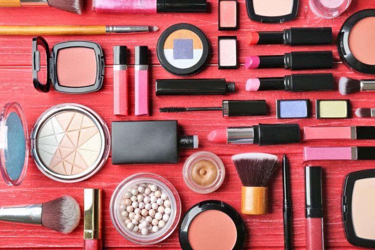 organize beauty essentials
