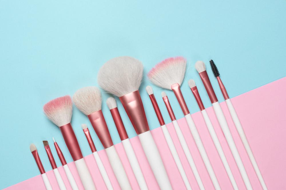 makeup brush cleaner