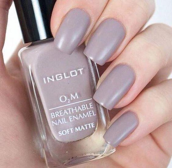 Inglot O2M Breathable Nail Enamel (soft matte)