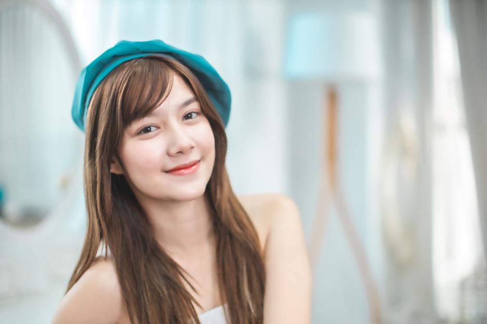 korean-smiling-eyebags-makeup